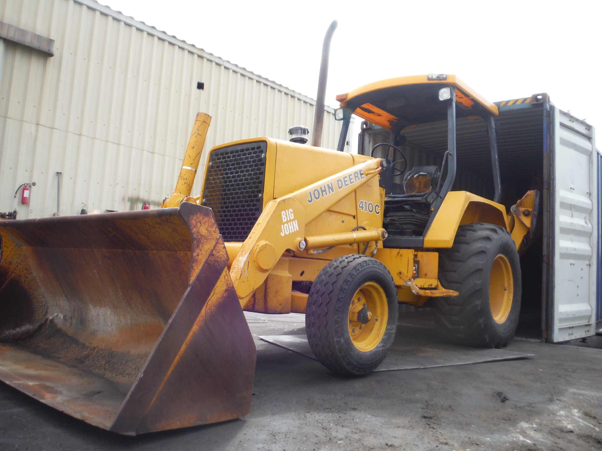 backhoes-john-deere-410c-vincent-1-2-